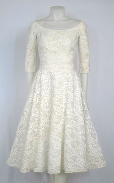 1950'S CLASSIC WHITE LACE COCKTAIL LENGTH SLEEVES WEDDING PARTY DRESS