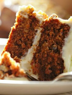 Sugar-free carrot cake recipe. Brandy's review: Great flavor, but it was a little dry...maybe add more applesauce. I made my own flour and topped it with fresh pecans from my friend's pecan tree. :) I don't like using Splenda in the icing, but didn't know what else to usee.