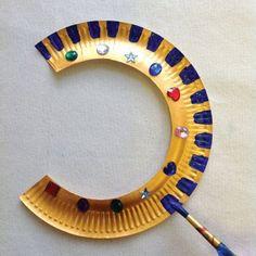 for kids diy Egyptian Collar Ancient Egypt Crafts, Ancient Egypt For Kids, Egyptian Crafts, Egyptian Jewelry, Egyptian Costume Kids, Egyptian Party, Cleopatra Costume Kids, Egypt Tattoo, Pyramids Egypt
