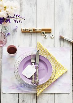 The napkin arrangement and the nametag are the true stars of this show. #tablesettings #dinnerparty