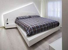 Apartments: Cool Bedroom Design With White Floating Bed Design And Built In Drawers Also Decorative Pattern Bed Sheets: Modern Lucca Apartment Design with Italian Style Contemporary Stairs, Contemporary Apartment, Contemporary Decor, Contemporary Building, Contemporary Cottage, Contemporary Wallpaper, Contemporary Architecture, Zeitgenössisches Apartment, Apartment Bedroom Decor