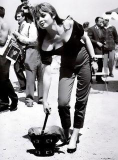 brigitte bardot with cigarette pants - Life ideas Bridgitte Bardot, Divas, Cinema Tv, And God Created Woman, Beatnik, French Actress, Jackie Kennedy, Jane Birkin, Mode Vintage