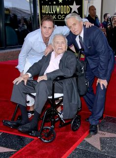 Entertainment Discover Michael Douglas Tears Up Over Dad Kirk, at Walk of Fame Ceremony: So Proud to Be Your Son Hollywood Walk Of Fame, Golden Age Of Hollywood, Classic Hollywood, In Hollywood, Vintage Hollywood, Kirk Douglas, Classic Movie Stars, Classic Movies, Old Movies