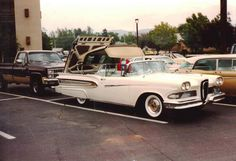 Car / Auto - Ford Edsel Citation (The Year- 1958), Classic Automobile - this has a modified top like the ford Fairlane