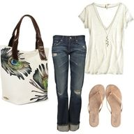 Casual outfit.....love the bag!