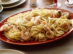 Food Network: Recipe of the Day: Tyler's Shrimp Scampi with Linguine Tyler's rich, lemony pasta dinner . Seafood Recipes, Pasta Recipes, Dinner Recipes, Cooking Recipes, Top Recipes, Shrimp Scampi Recipes, Shellfish Recipes, Healthy Recipes, Delicious Recipes