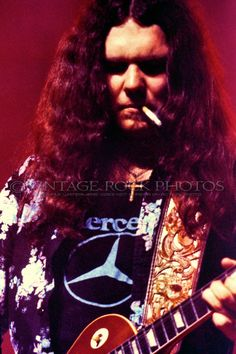 Gary Rossington ~ music, playlists, mp3s, biography, artist profile ...