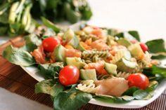 Salada de Salmão Fusilli e Abobrinha