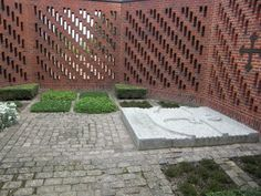 Grave of King Frederik IX and Queen Ingrid outside Roskilde Cathedral