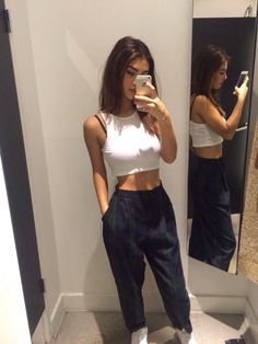 """Find and save images from the """"Outfit Goals"""" collection by . (matteblackvevo) on We Heart It, your everyday app to get lost in what you love. Mode Outfits, Casual Outfits, Summer Outfits, Teen Fashion, Fashion Outfits, Daily Fashion, Fashion Fashion, Vetement Fashion, Outfit Goals"""
