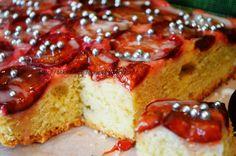 Smak, zapach, kolor, tradycja z nutką nowoczesności...: Ciasto biszkoptowe na śliwkach-biszkopt ze śliwkam...