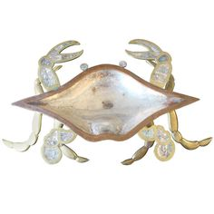 Would love to give this to my mother in law in Florida, at $2,500 its not likely! 1stdibs.com | Monumental Los Castillo Crab Bowl