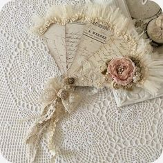 Some shabby chic inspiration! Very talented lady! I'm gonna get busy! This stuff sells for big money! Shabby Chic Vintage, Shabby Chic Crafts, Vintage Crafts, Shabby Chic Homes, Shabby Chic Style, Vintage Ephemera, Handmade Home, Vintage Accessoires, Collage Book