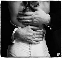 Groom ring shot. Really romantic. I MUST HAVE THIS PIC PLEASE MAKE SURE IT HAPPENS!!!!