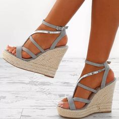 Buy fashion wedges shoes from shoespie. It offers you some cheap wedge shoes of different styles:printed wedge heels, strappy wedges boots, summer wedge sandals are standing for good quality. Strappy Wedge Heels, Studded Heels, Wedge Shoes, Shoes Heels Wedges, Low Heels, Women's Shoes, Flats, Heeled Espadrilles, Frauen In High Heels