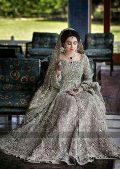 Asian Bridal Dresses, Asian Wedding Dress, Indian Bridal Outfits, Wedding Dresses For Girls, Designer Wedding Dresses, Pakistani Fashion Party Wear, Pakistani Wedding Dresses, Pakistani Dress Design, Walima Dress