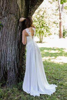 Robe de mariée droite, épurée pour un mariage civil