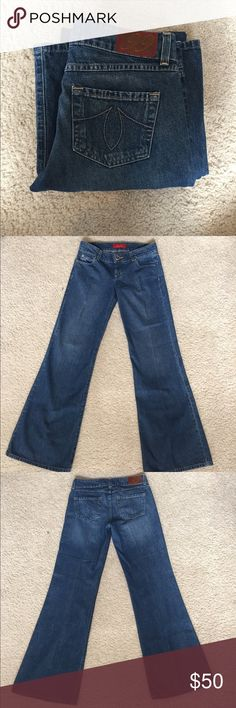 Level99 Flare Jeans Like-New Anthropologie brand LEVEL99 Flare leg Jeans. size 28 Anthropologie Jeans Flare & Wide Leg