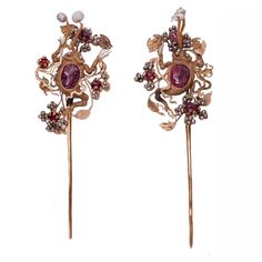 A Pair of Ruby, Gold and Pearl Hairpins  Ming Dynasty Wan Li   16th Century
