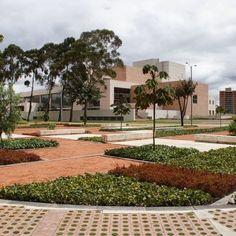 Julio Mario Santo Domingo Library Park by Diana Wiesner Arquitectura y Paisaje