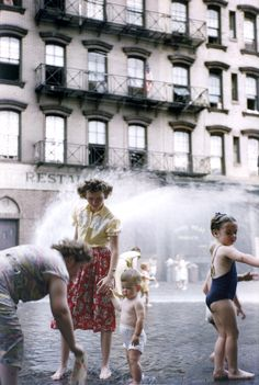 Cooling down in 1950 NYC look like a good time. #NYC #Summer #NewYork