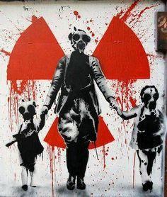 'Nuclear Family', street art, graffiti art, by Banksy. Graffiti Art, Art Banksy, Bansky, Gas Mask Art, Gas Masks, Arte Punk, Art Amour, Arte Robot, Urbane Kunst