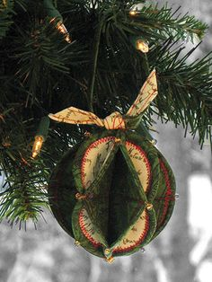 Fold 'n Stitch Holiday Ornaments Sewing Pattern