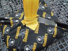 Pittsburgh Steelers fans are everywhere..my casserole carrier is a conversation starter at football parties or tailgating.