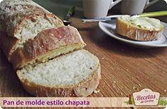 Pan de molde Pan de molde estilo chapata, esponjoso y con corteza crujiente