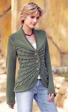 Knitter's Spotlight: Sunburst Cable Cardigan by Erica Patberg – Knitting and Crochet techniques from the Berroco Design Team Cable Cardigan, Cardigan Pattern, Jacket Pattern, Knitted Jackets Women, Cardigans For Women, Chunky Knitting Patterns, Knit Patterns, Jacket Images, Knitted Gloves