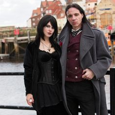 28 tips from regulars on how to survive Whitby Goth Weekend. Mookychick.co.uk