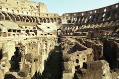 Interno del Colosseo #Rome