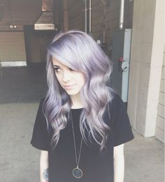 If I would ever bleach my hair again, I'd definitely have to do a pastel hair color! Love it!
