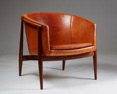 Easy chair model 93 designed by Brockmann Petersen for Poul M. Jessen, — Modernity