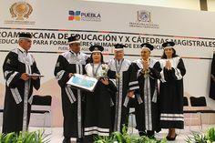 Dra. María Luisa Piraquive recibe premio iberoamericano a la excelencia educativa por proyecto de discapacidad