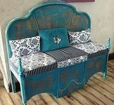 A Headboard & upside down Footboard turned into a Bench.these are the BEST Upcycled & Repurposed Ideas! A Headboard & upside down Footboard turned into a Bench.these are the BEST Upcycled & Repurposed Ideas! Refurbished Furniture, Repurposed Furniture, Furniture Makeover, Painted Furniture, Furniture Projects, Furniture Making, Diy Furniture, Steel Furniture, Retro Furniture