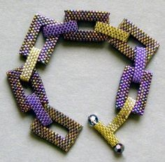 Peyote Stitch...... My favorite of all the beadweaving stitches