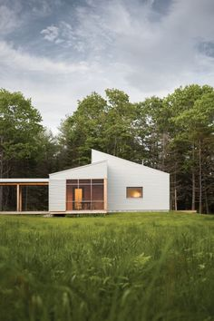 """Q+A with Gunther Kragler of GO Logic,on Passive House and Net-Zero Design Following the German Passive House standard (or """"Passivhaus""""), GO Logic has implemented an insulated, airtight building shell that makes use of passive solar gain and thermal mass to … Continue reading →"""