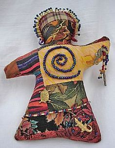 The Back Alley - Healing Goddess Pin Doll Pattern - Doll Street