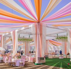 Weddings Discover 25 Pastel Themed Wedding Decorations that are Way Too Pretty! Pastel Wedding Theme, Desi Wedding Decor, Indian Wedding Theme, Wedding Stage Design, Wedding Hall Decorations, Wedding Mandap, Wedding Scene, Wedding Themes, Indian Wedding Planning