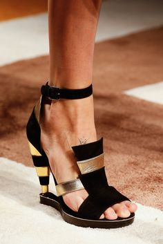 Salvatore Ferragamo Fall 2015 Ready-to-Wear - Details - Gallery - Style.com
