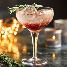 (Makes 1 drink) Prosecco or sparkling wine, chilled sloe gin cherry brandy 1 rosemary sprig crushed ice Cocktails 6 of the best sloe gin cocktail recipes to try at home — Craft Gin Club Winter Cocktails, Sloe Gin Cocktails, Cocktail Gin, Gin Cocktail Recipes, Christmas Cocktails, Cocktail Glass, Prosecco Drinks, Fizz Drinks, Cocktail Ideas