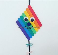 Popsicle Stick Craft Ideas for Preschoolers - Preschool and Kindergarten crafts popsicle stick Popsicle Stick Craft Ideas for Preschoolers - Preschool and Kindergarten Popsicle Stick Christmas Crafts, Popsicle Crafts, Craft Stick Crafts, Diy Crafts, Craft Ideas, Popsicle Sticks, Resin Crafts, Yarn Crafts, Recycled Crafts