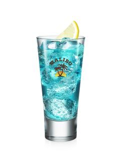 Malibu Rum is the world's best-selling Caribbean rum with natural coconut flavour and a smooth and sweet finish. Learn more about our products, delicious rum cocktails and drink recipes. Malibu Rum Drinks, Fun Drinks, Alcoholic Drinks, Beverages, Cocktails, Rum Punch Recipes, Caribbean Rum, Drink Photo, Blue Curacao