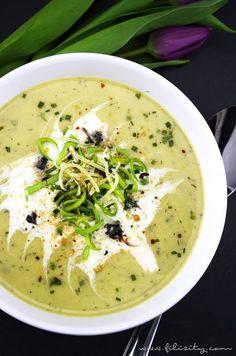 Herbst-Rezept: Kartoffel-Lauch-Suppe mit Käse und Kräutern | Filizity.com | Food-Blog aus dem Rheinland #suppe #soulfood