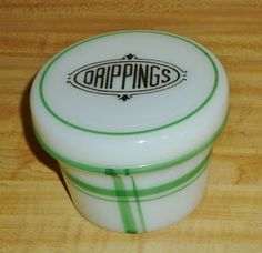 Vintage-HAZEL-ATLAS-milk-glass-DRIPPINGS-jar-RARE-jadite-CRISS-CROSS-decoration