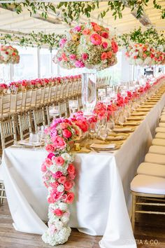 Photography : Mark & Wendy/ Zofia & Co. | Event Design : Dawn Kelly Designs | Venue : White Elephant Read More on SMP: http://www.stylemepretty.com/massachusetts-weddings/nantucket/2015/09/04/colorful-romantic-nautical-nantucket-wedding/