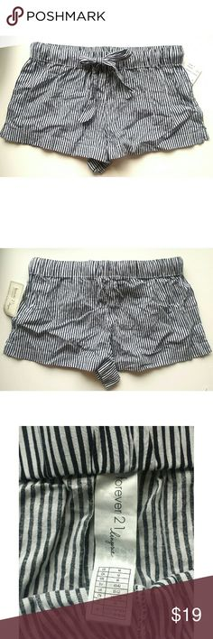 Black & White Striped Drawstring Lounge Shorts Black & White lounging shorts, drawstring at the waist.  Any questions, please ask prior to purchase. Forever 21 Shorts