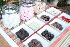 S'moresToppings:Bananas,Strawberries,  Dark Chocolate,Milk Chocolate,White Chocolate,Peanut Butter Cups,Dark Chocolate Mint Squares,Milk Chocolate Caramel Squares