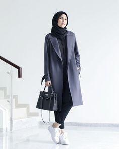 Tampil Chic dan Stylish Buat Hijabers! Inspirasi 10 Fashion Designer Hijab Ini Wajib Kamu Liat